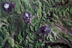 satellite image of the three volcanos, lined up (Lanin to the right, Quetrupilan in the middle, Villarica to the left)