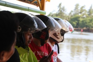 if you come to visit the island and can't take your motorbike, what do you do with your helmet? Right, you keep it on!