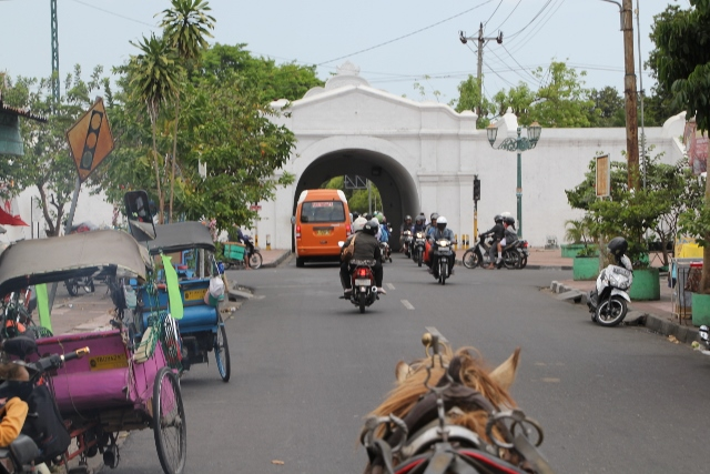 Yogya street view from the andong