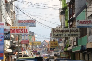 Makassar shopping street near the coast