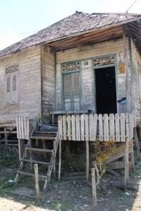 other nice wooden house in Tanjung Isuy