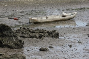 canoe awaiting higher water