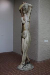 wooden sculpture inside the Kroller-Muller
