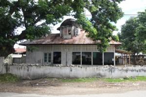 colonial Dutch house