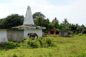 many modern tombs, many still empty