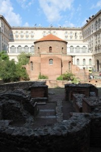 the old Roman church, Sveti Georgi Rotunda