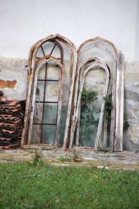 church windows in the back, waiting to be restored (Solca)