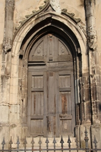 the door of the Basilica