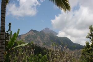impressive Gunung Inerie