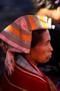 another Bajawa woman