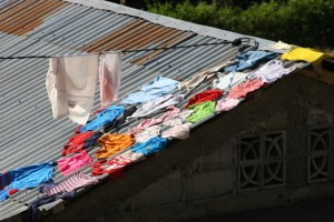 laundry drying, in Moni