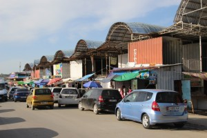 containers are the main building blocks, litteraly, of the bazaar in Osh