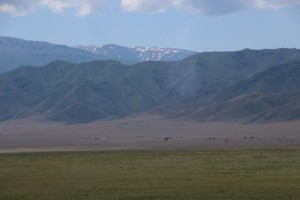 the vastness of the Kazach country side, between Bishkek and Almaty