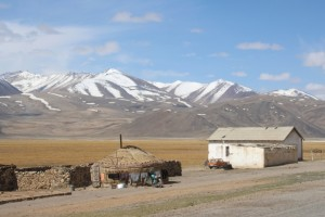 even here, at 4000 m, there are people living