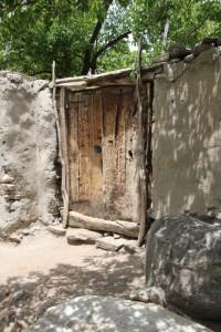 a door in Yamg