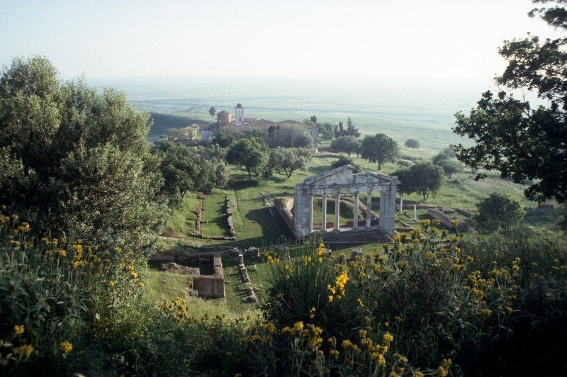 the Roman remains of the Apollonia site