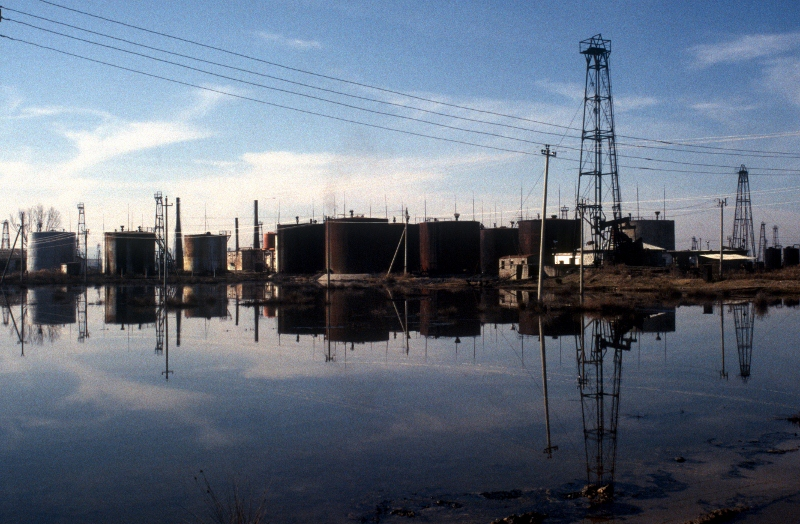 oil storage facilities of the Patos-Marinza field