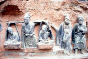 more intricate sculptures (Baoding Shan)
