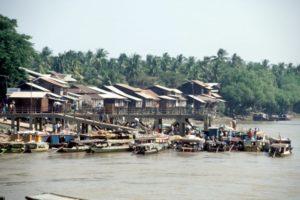 boats at the river, near the Yele Paya