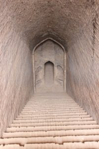 this is the entry to the ab anbar, the ancient water reservoir in Shahdad