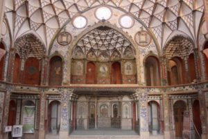decoration of one of the large open rooms of the Khan-e Boroujerdi