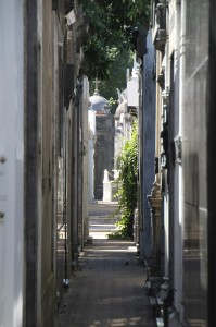 narrow streets separate the tombs and mausoleums (2)