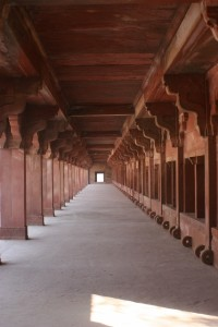gallery of one of the palaces in Fatehpur Sikri