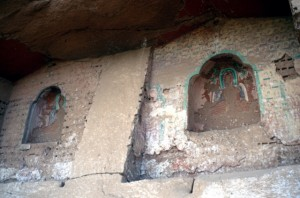 sadly empty niches, where there were once Buddha sculptures