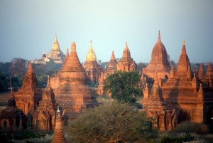fully packed plains of Bagan