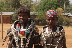 two Hamar women in the Key Afar market