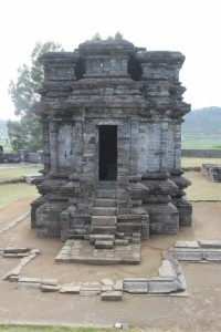 one of the smaller temples, Candi Gatutkaca