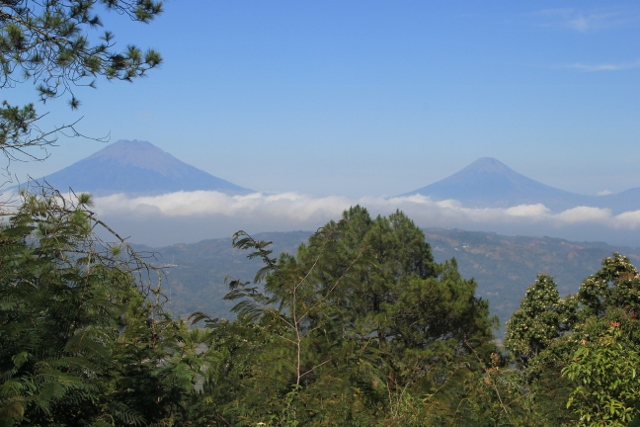 and both, Gunung Sumbing to the left and Gunung Sindoro to the right