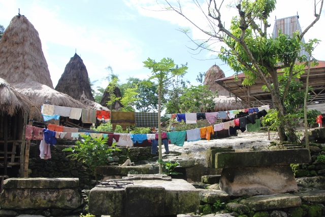 fortunately, laundry livens up the village scene somewhat; Indonesia, after all!
