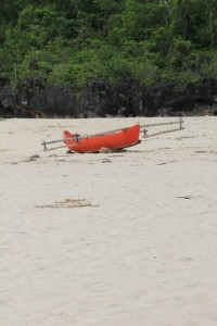 fishing canoe on the beach of Waikelo