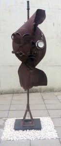 Yubi Kirindongo - Careless Faces: metal sculpture (1985)