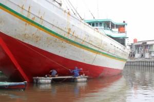 ship's maintenance