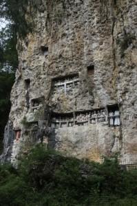 the rock face in Suaya