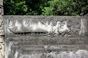 more tomb carvings
