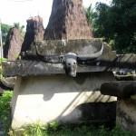 tomb at the entrance of Kampung Tambalar