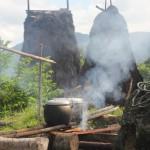 community cooking during roof repairs in Praigoli