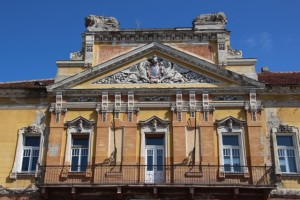 façade at Piata Unirii