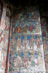 further frescos outside