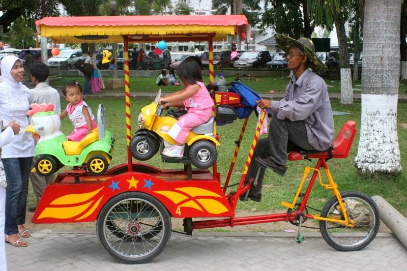 fun fair, Padang-style