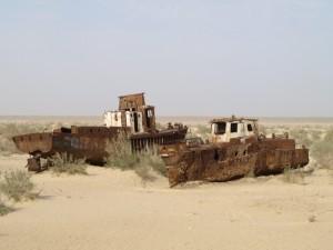stranded boats near Moynaq - 6 (courtesy Marcin Zielonka)