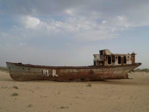 stranded boats near Moynaq - 7 (courtesy Marcin Zielonka)