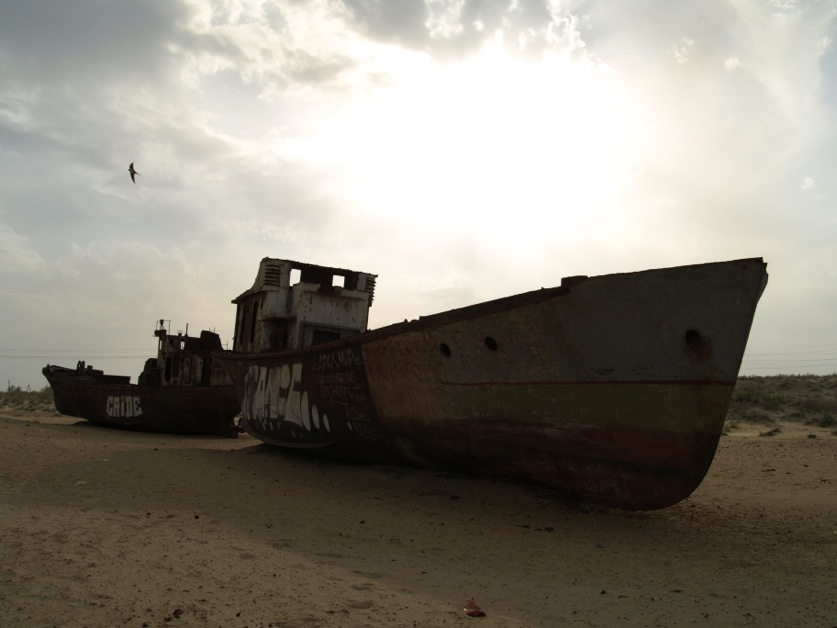 stranded boats near Moynaq - 8 (courtesy Marcin Zielonka)