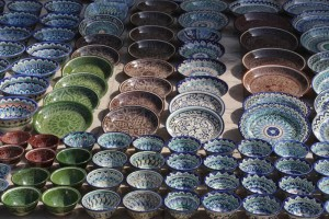 Bukharan porcelain - difficult to carry, for the rest of our trip