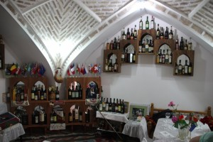 the wine tasting room, with eight bottles ready to try