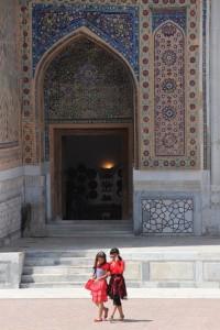 entrance of the Ulug Beg madrasse, also Registan
