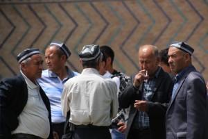 men outside the Bibi Khanmum mosque